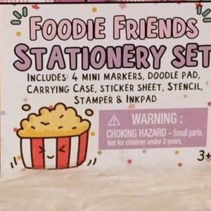 Foodie Friends Stationery Set